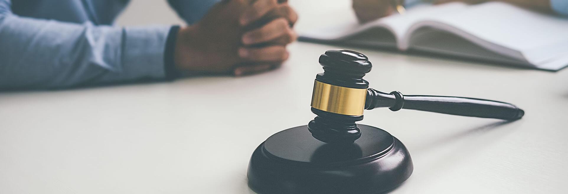 Юристы по юридическим делам